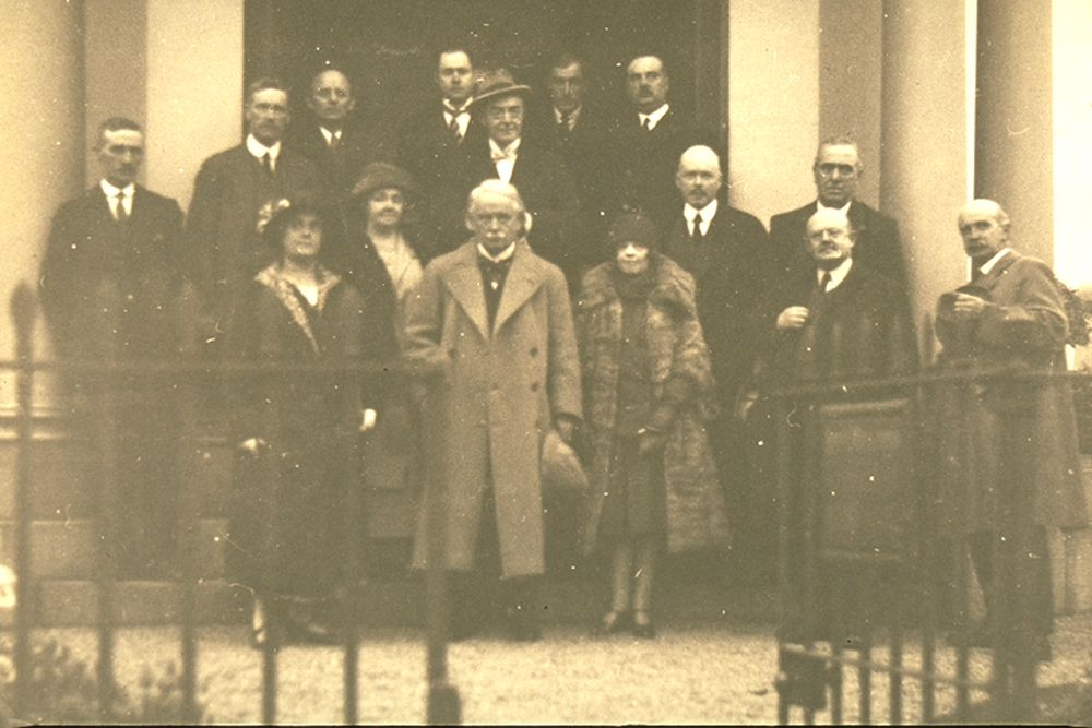 David Lloyd George at Burns Mausoleum, 1925